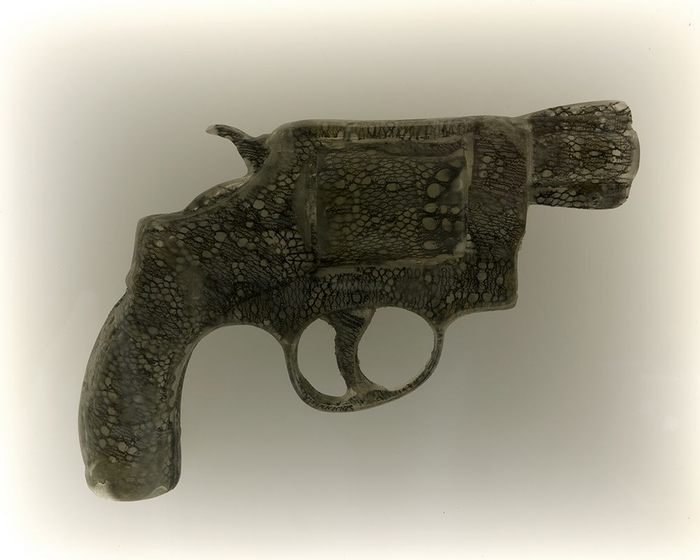 Nikki Luna Quince (1), 2016 Cast resin and lace handgun in lightbox