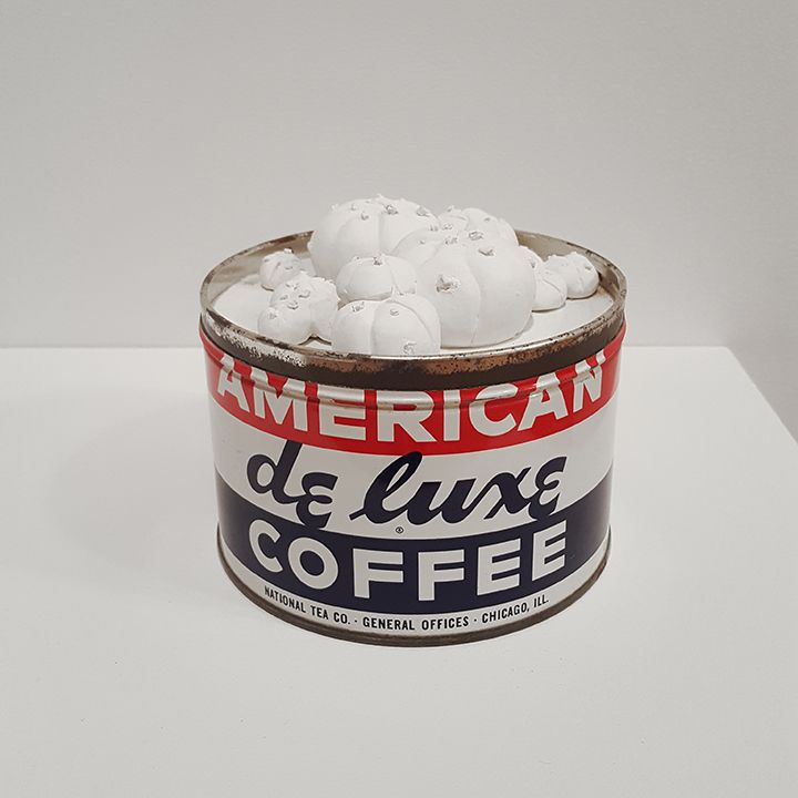 mark mann American de Luxe, 2018 Plaster and metal can 5 x 5 x 5 inches Unique