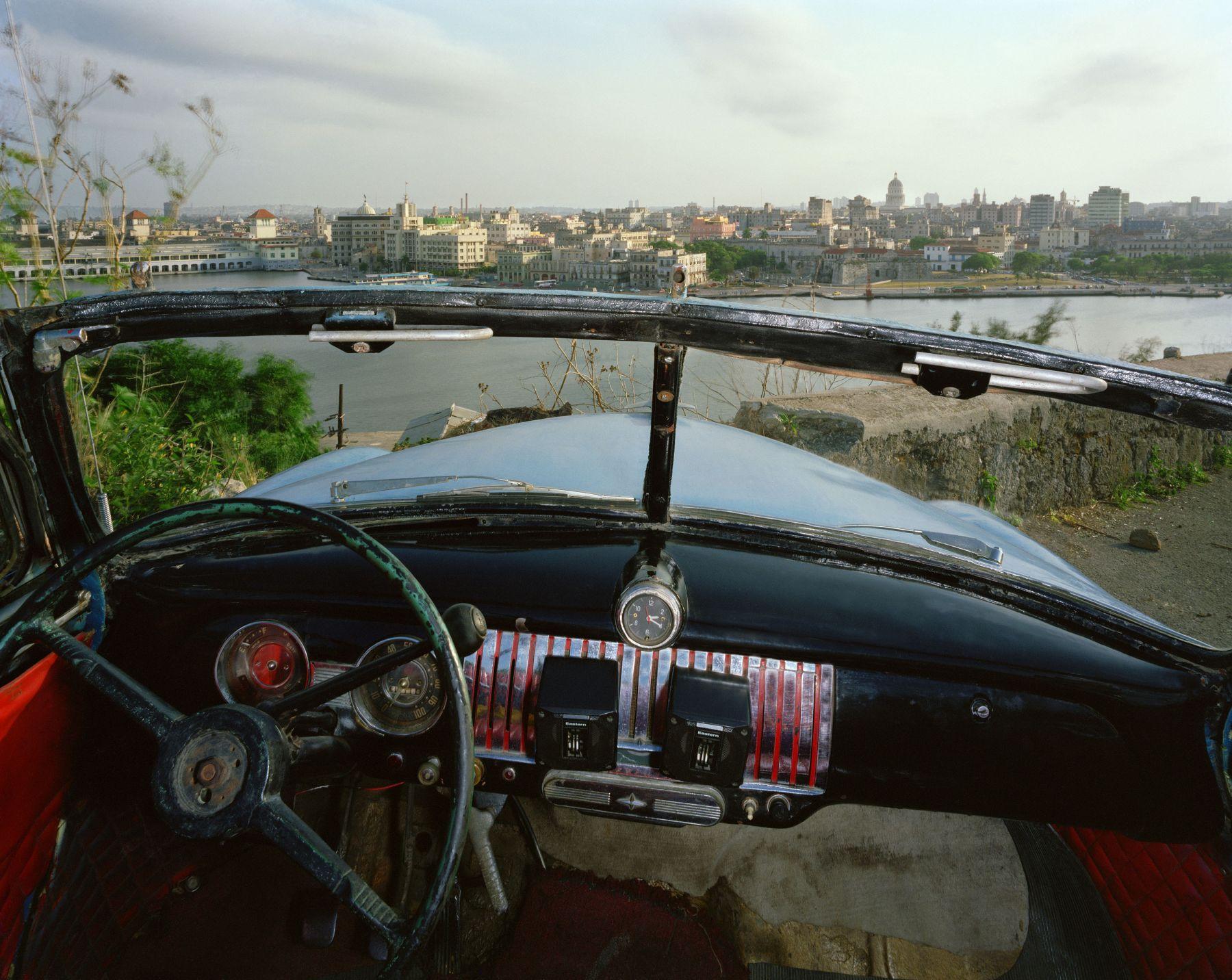 ALEX HARRIS  View of Havana from El Cristo de Casa Blanca, looking south from Ricardo Moya Silveira's 1951 Chevrolet May 24, 1998