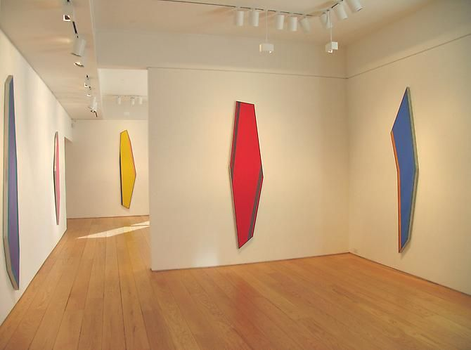 Installation view, Kenneth Noland: Shaped Paintings 1981-82, 2010