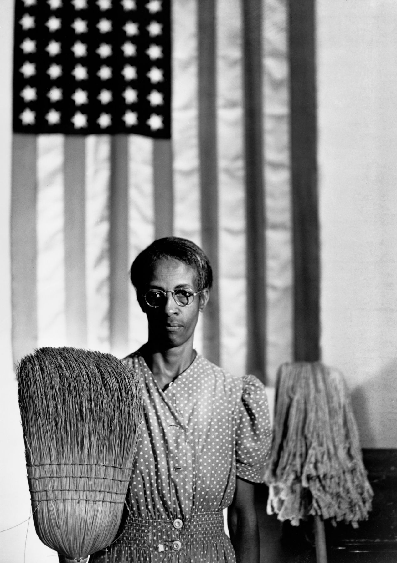 © Gordon Parks - American Gothic, Washington, D.C., 1942