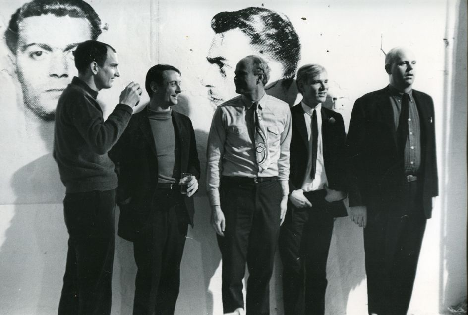 Fred W. McDarrah - Pop Artists Assemble at Factory Party