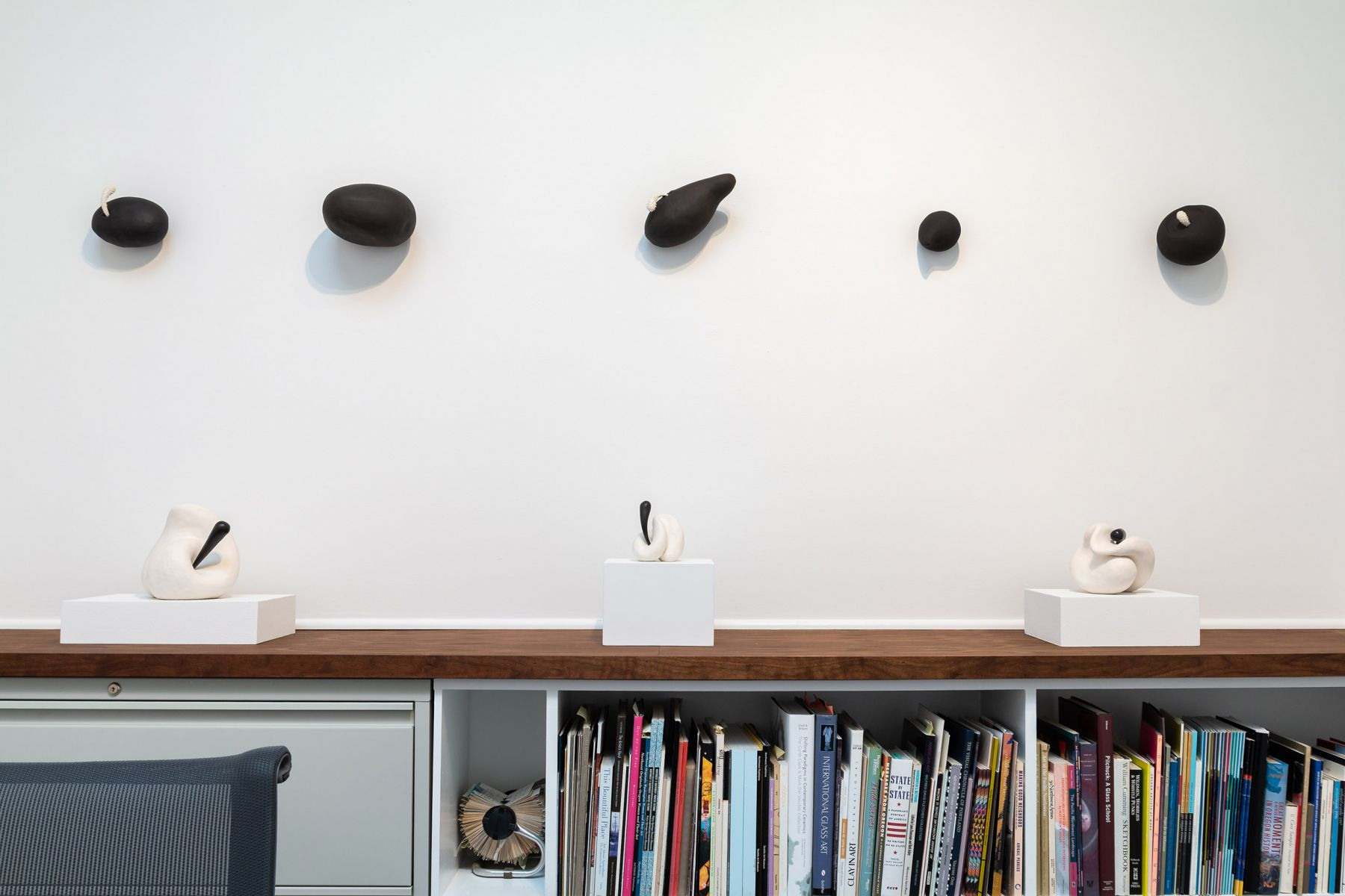"""Maya Vivas - selections from """"i have no choice but to suck the juice out, and who am i to blame"""" - July/August 2019 - Russo Lee Gallery - Installation view 08"""