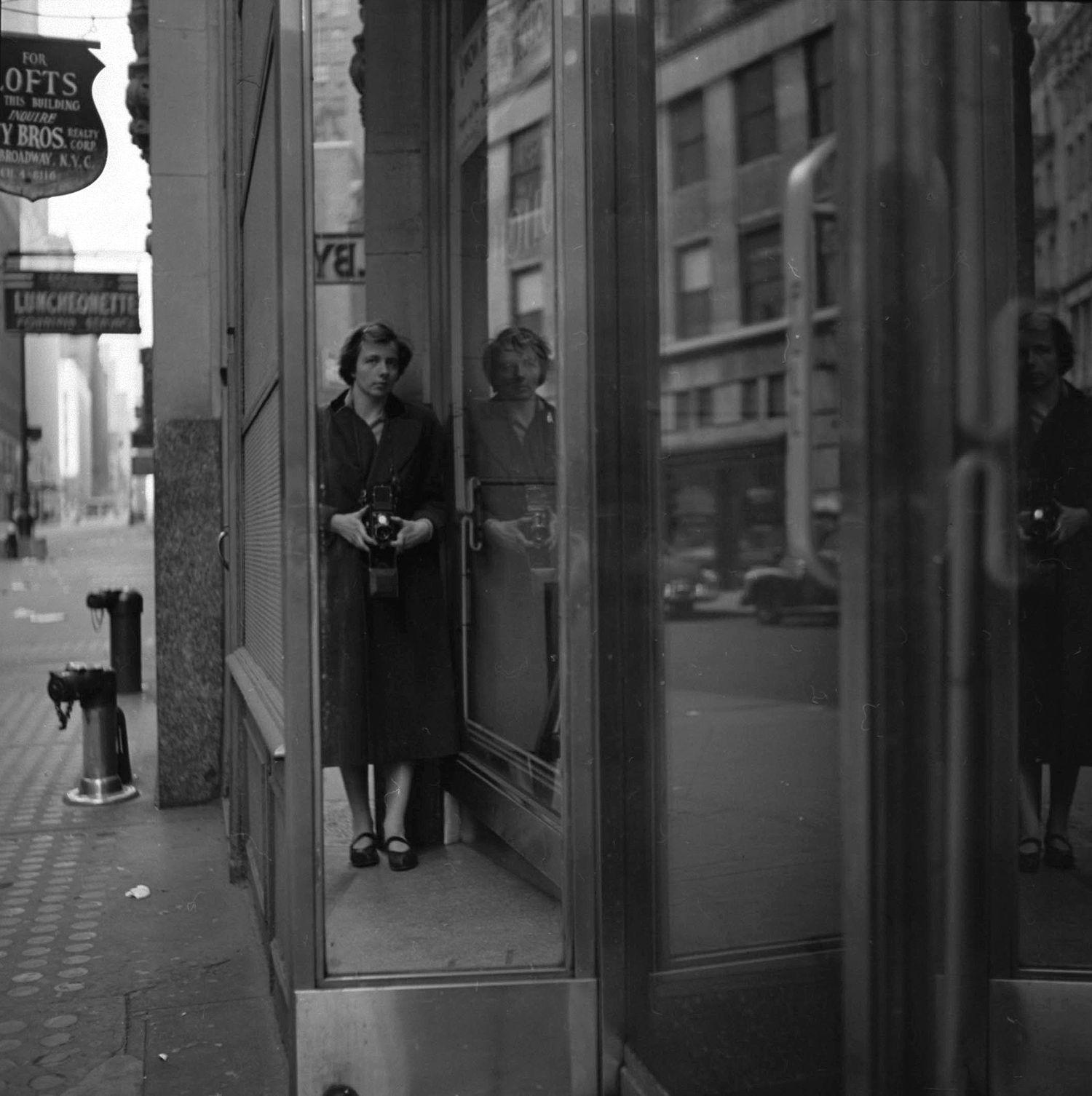 Akris x Vivian Maier 2017 Howard Greenberg Gallery