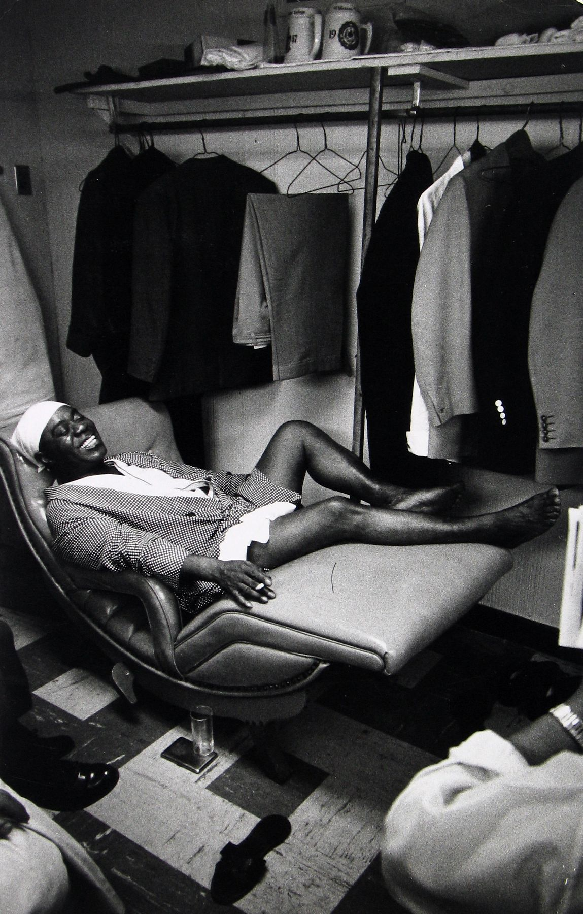 Dennis Stock - Louis Armstrong in his dressing room at the Latin Casino, 1959 - Howard Greenberg Gallery - 2018