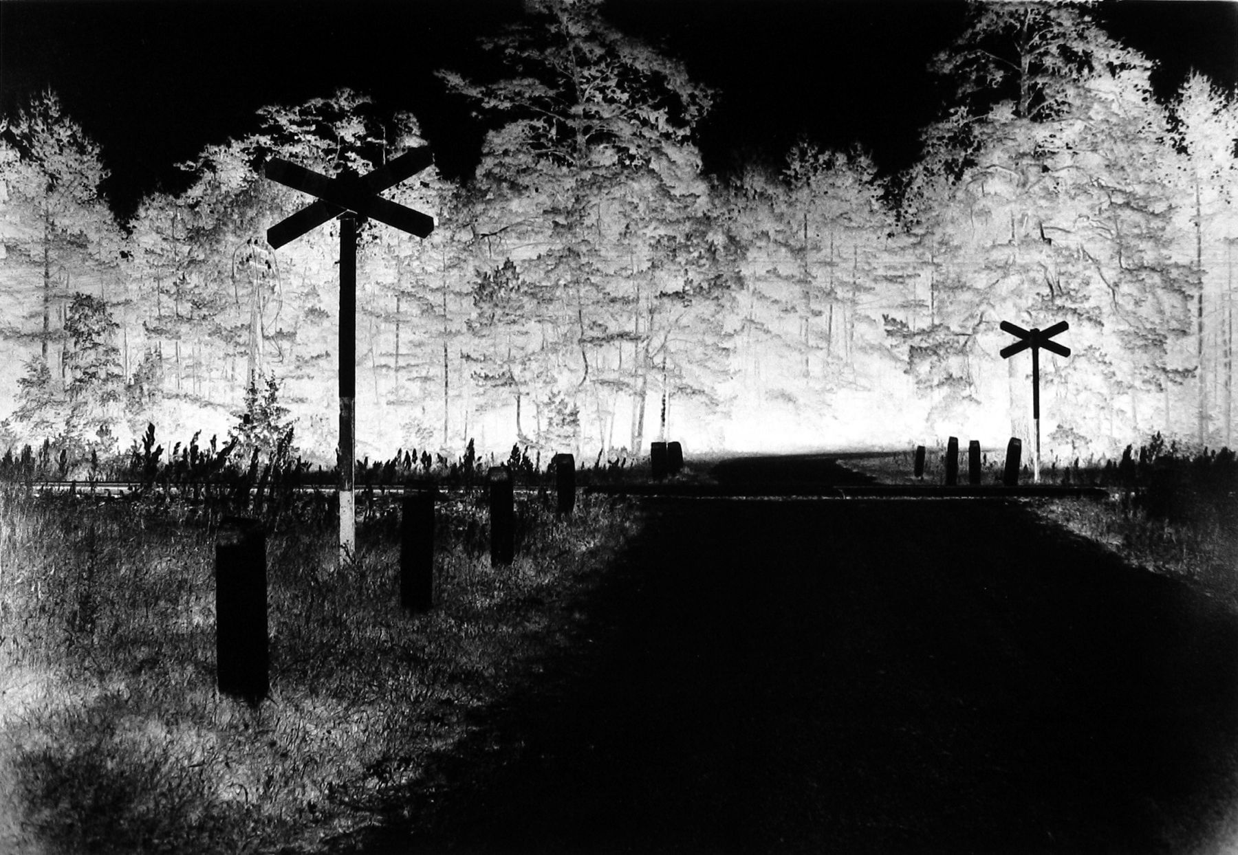Judith Glickman - Entrance to Treblinka Death Camp, Poland, 1990 - Howard Greenberg Gallery