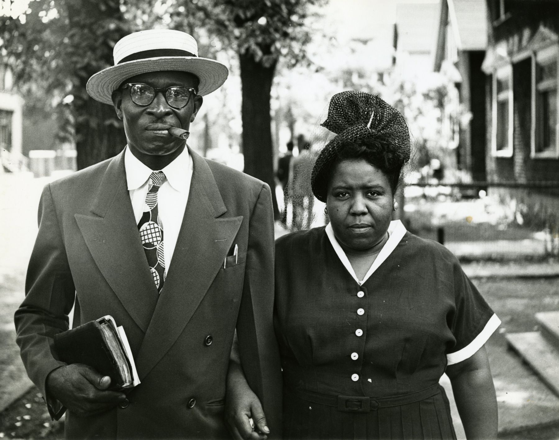 Gordon Parks - Husband and Wife, Sunday Morning, Detroit, Michigan, 1950 - Howard Greenberg Gallery - 2019