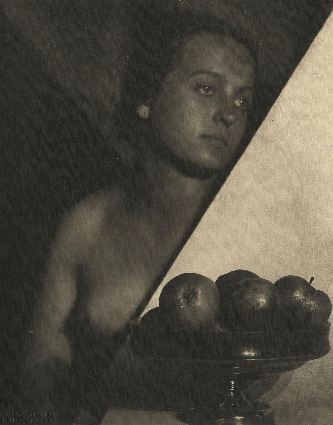 František Drtikol - Untitled, c.1925 - Howard Greenberg Gallery
