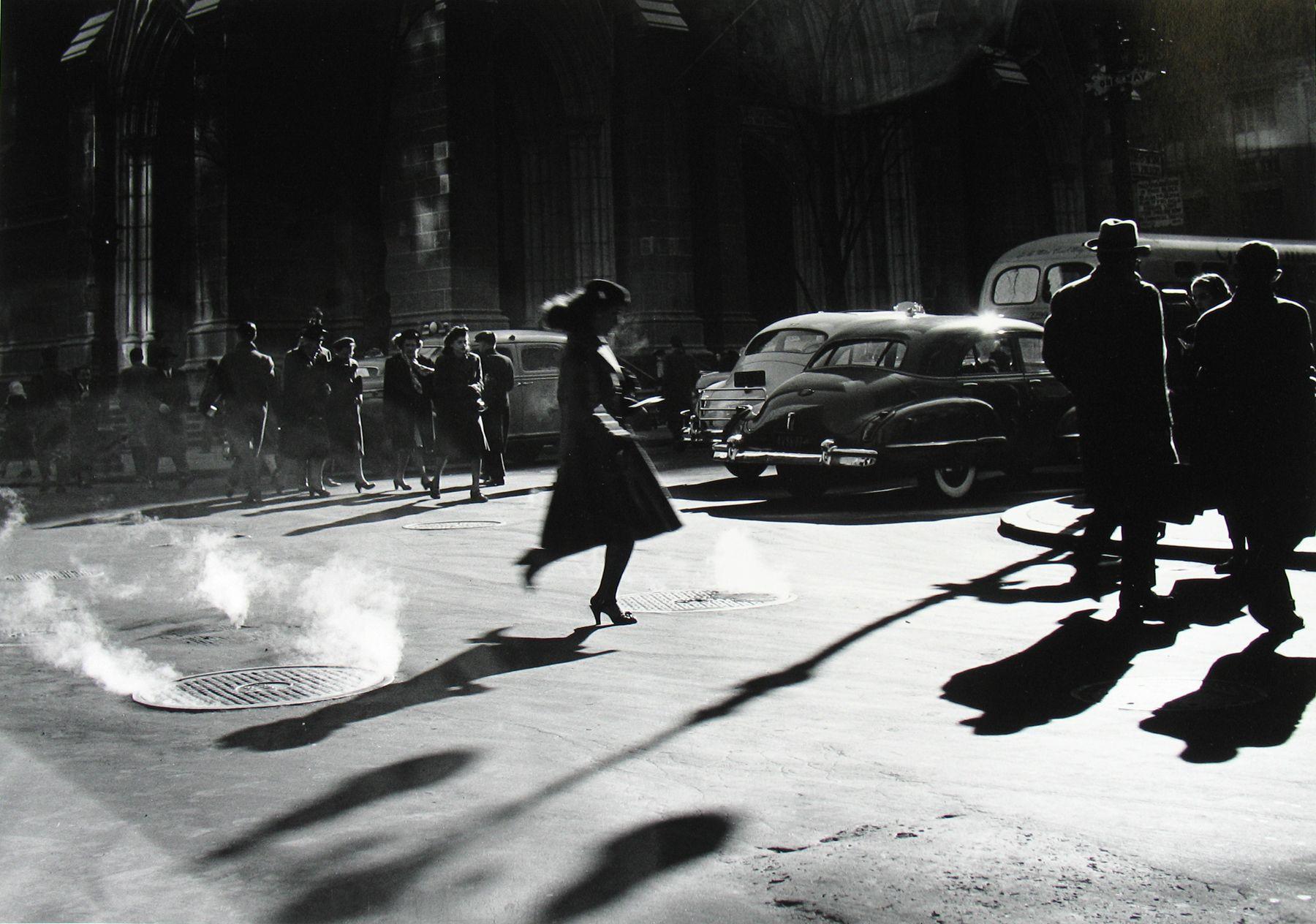 Rebecca Lepkoff - Midtown Manhattan, 1947 - Howard Greenberg Gallery