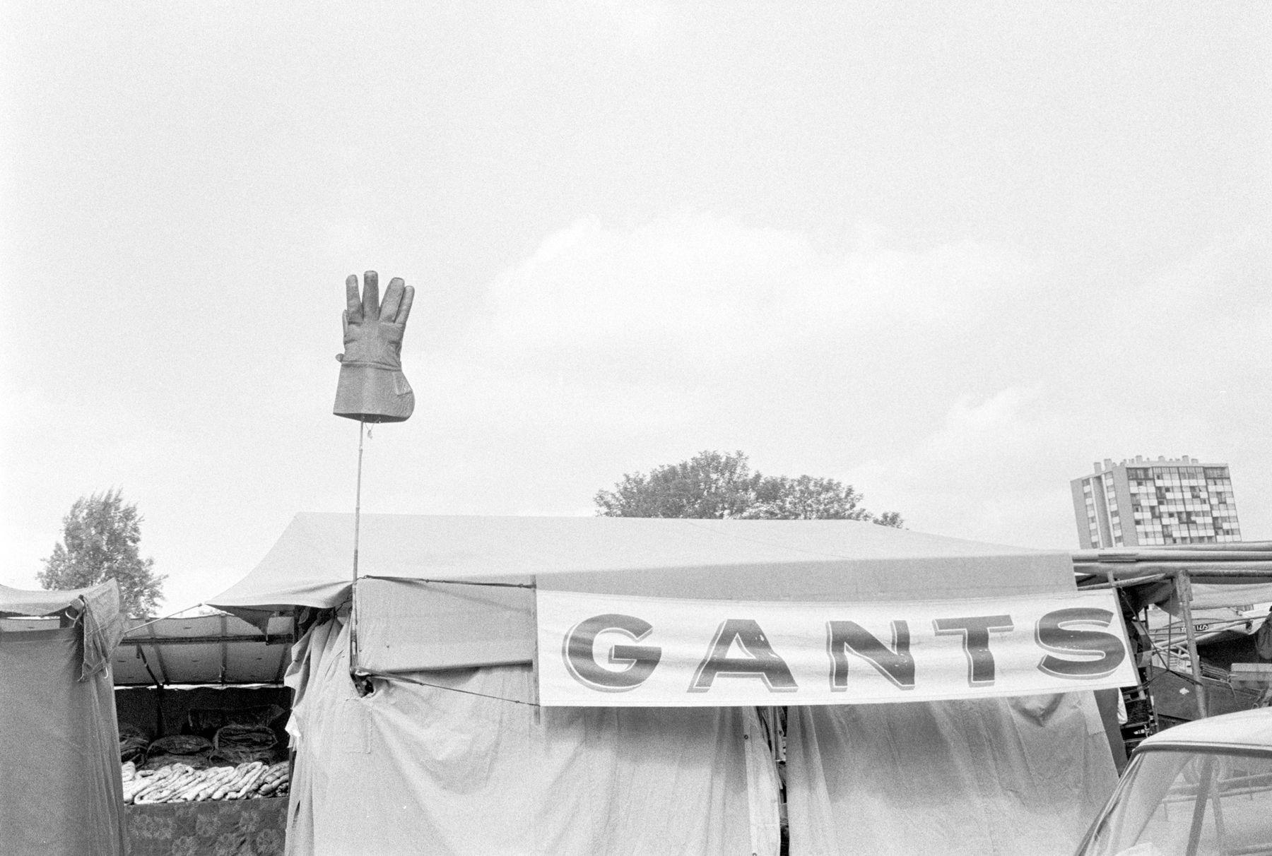 Joel Meyerowitz - European Trip: Photographs from the Car, 1968 2014 Howard Greenberg Gallery