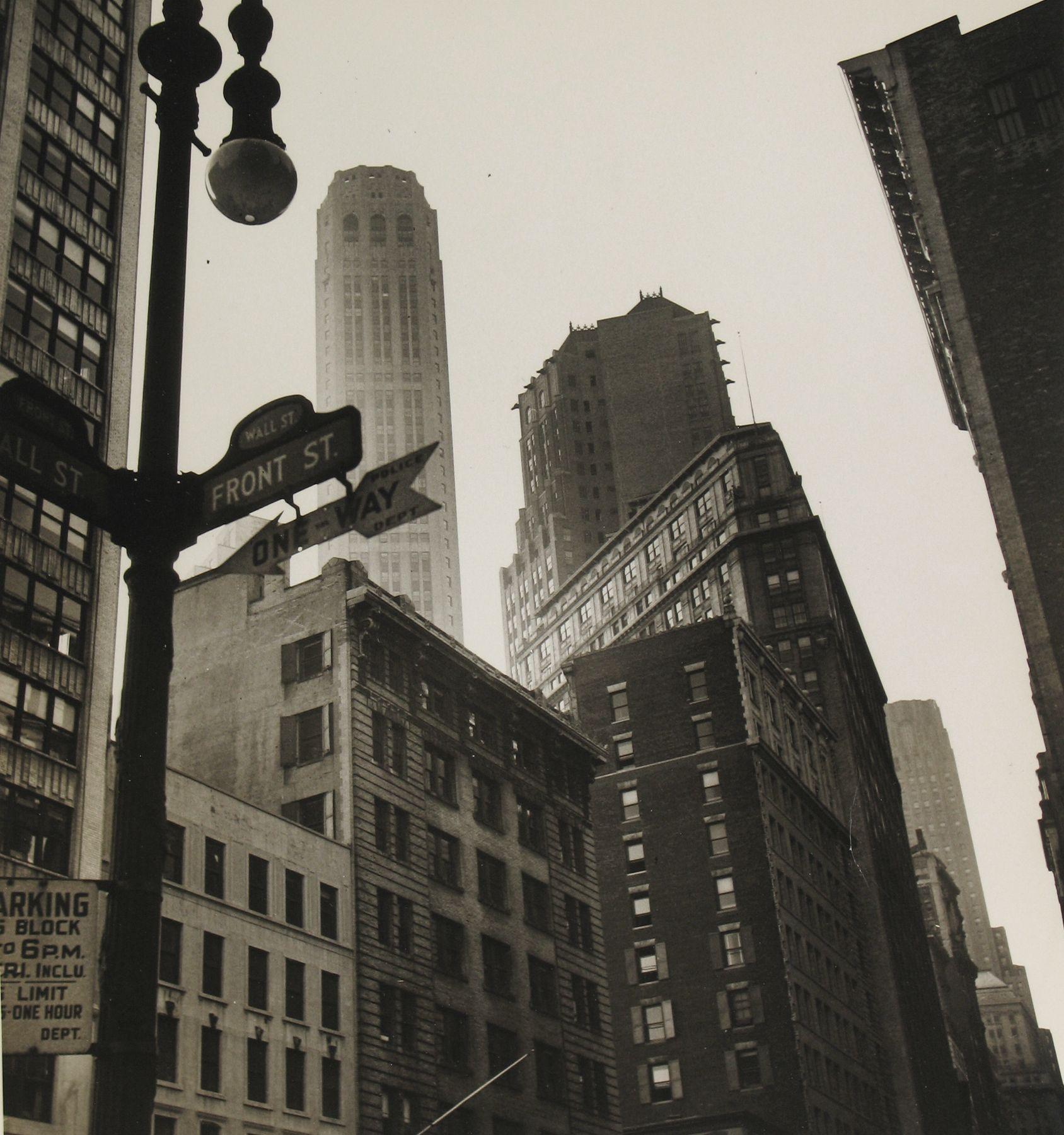 Rebecca Lepkoff - Lower Manhattan, 1940s- Howard Greenberg Gallery