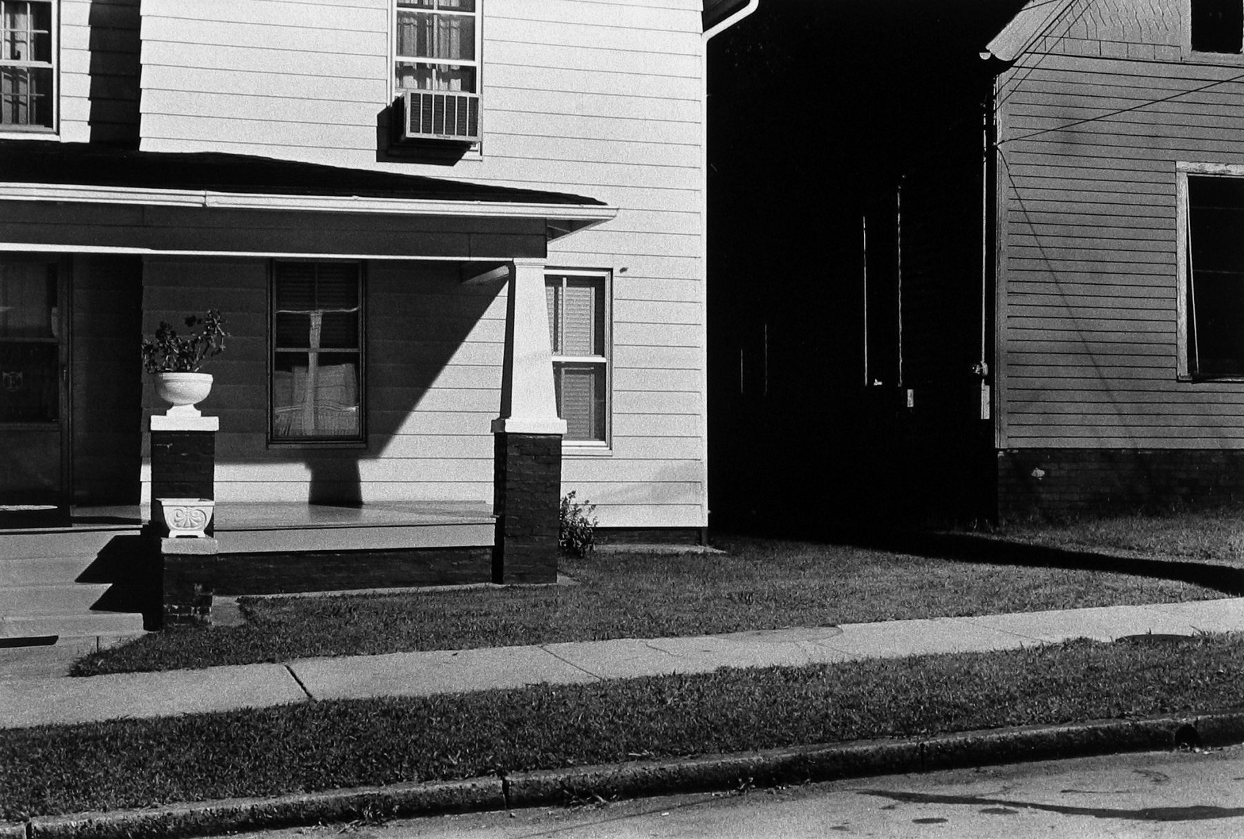 William Gedney - Knoxville, TN, 1972 - Howard Greenberg Gallery - 2018