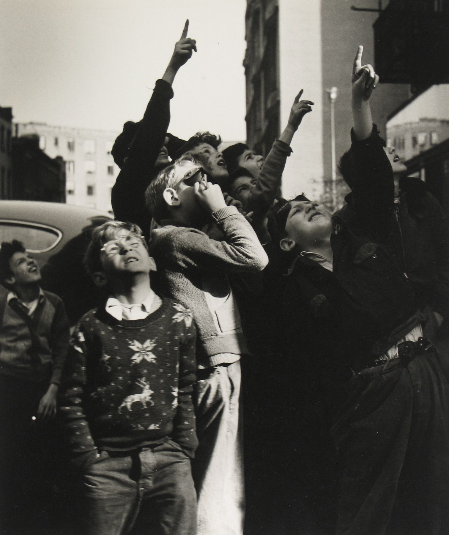 Rebecca Lepkoff - Lower East Side, 1940s - Howard Greenberg Gallery
