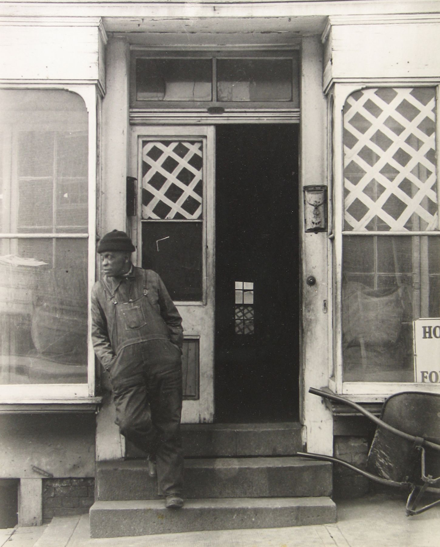 Arnold Newman - Baltimore, MD, 1939 - Howard Greenberg Gallery - 2018