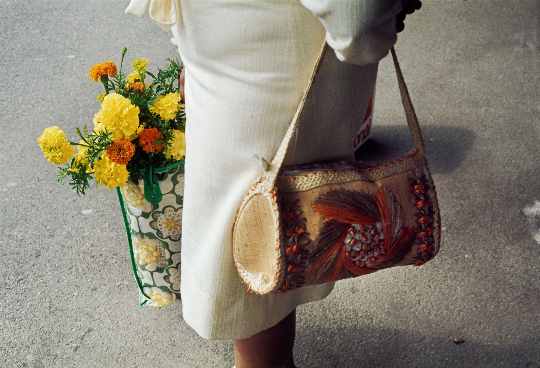 Vivian Maier - Untitled - Howard Greenberg Gallery