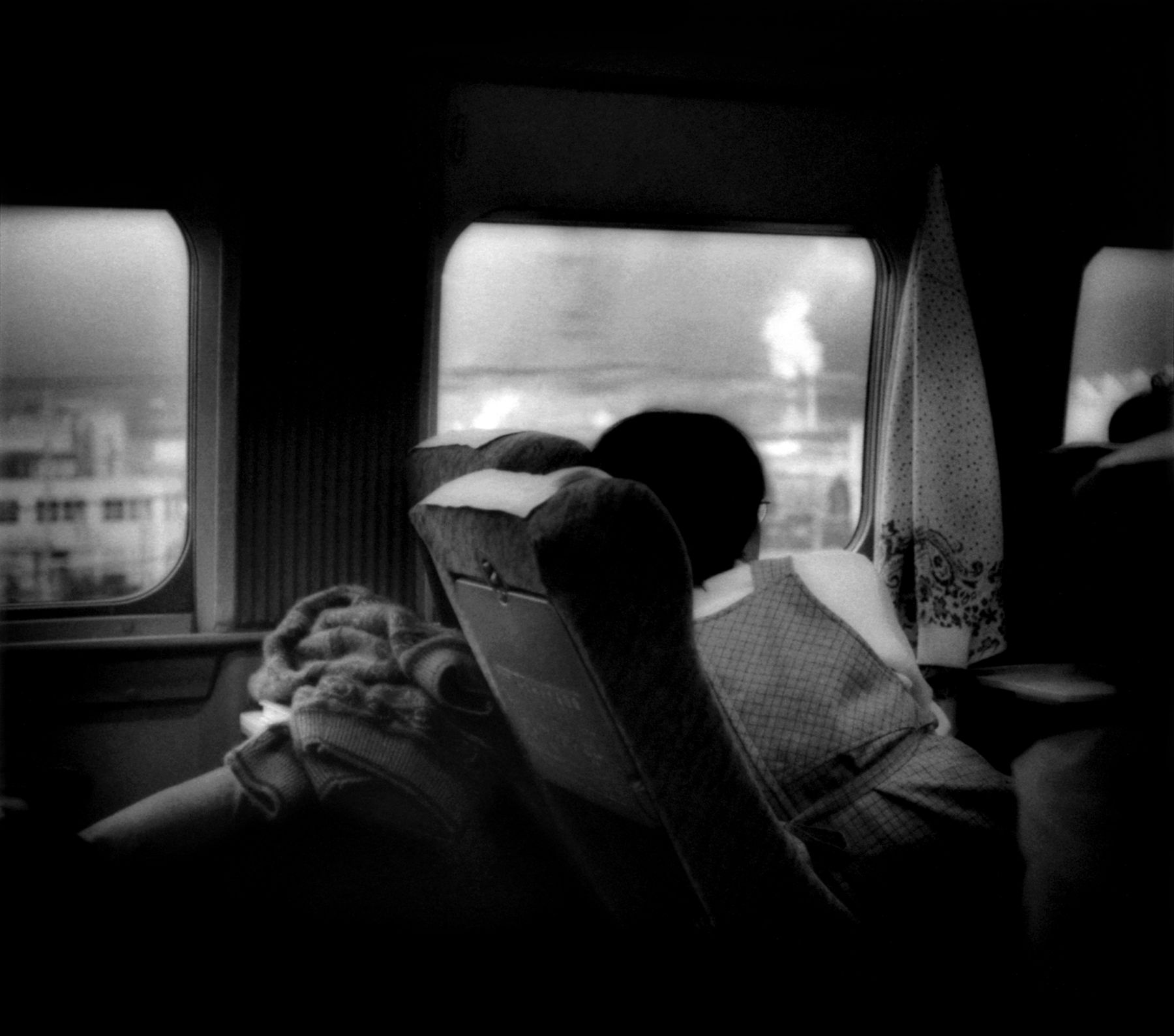 James Whitlow Delano, Mangaland, Gazing out from Shinkansen Bullet Train, Shizuoka Prefecture, Japan, 2001, Sous Les Etoiles Gallery