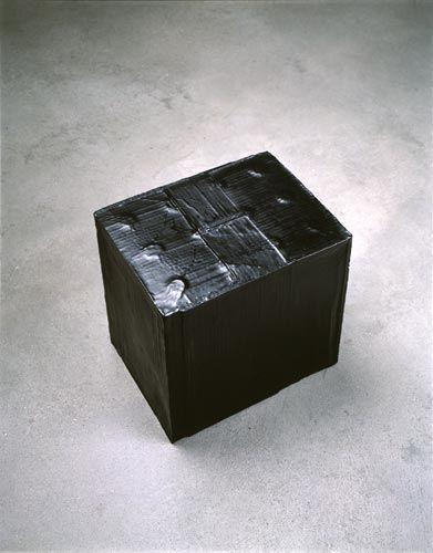 Rachel Whiteread BLACK BOX, 2005