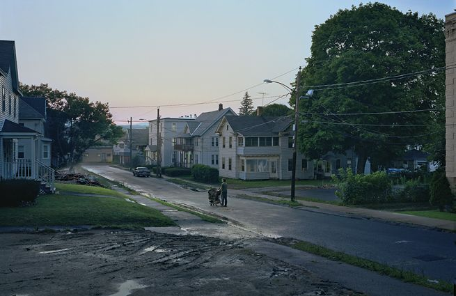 Gregory Crewdson Untitled (Kent Street), 2007