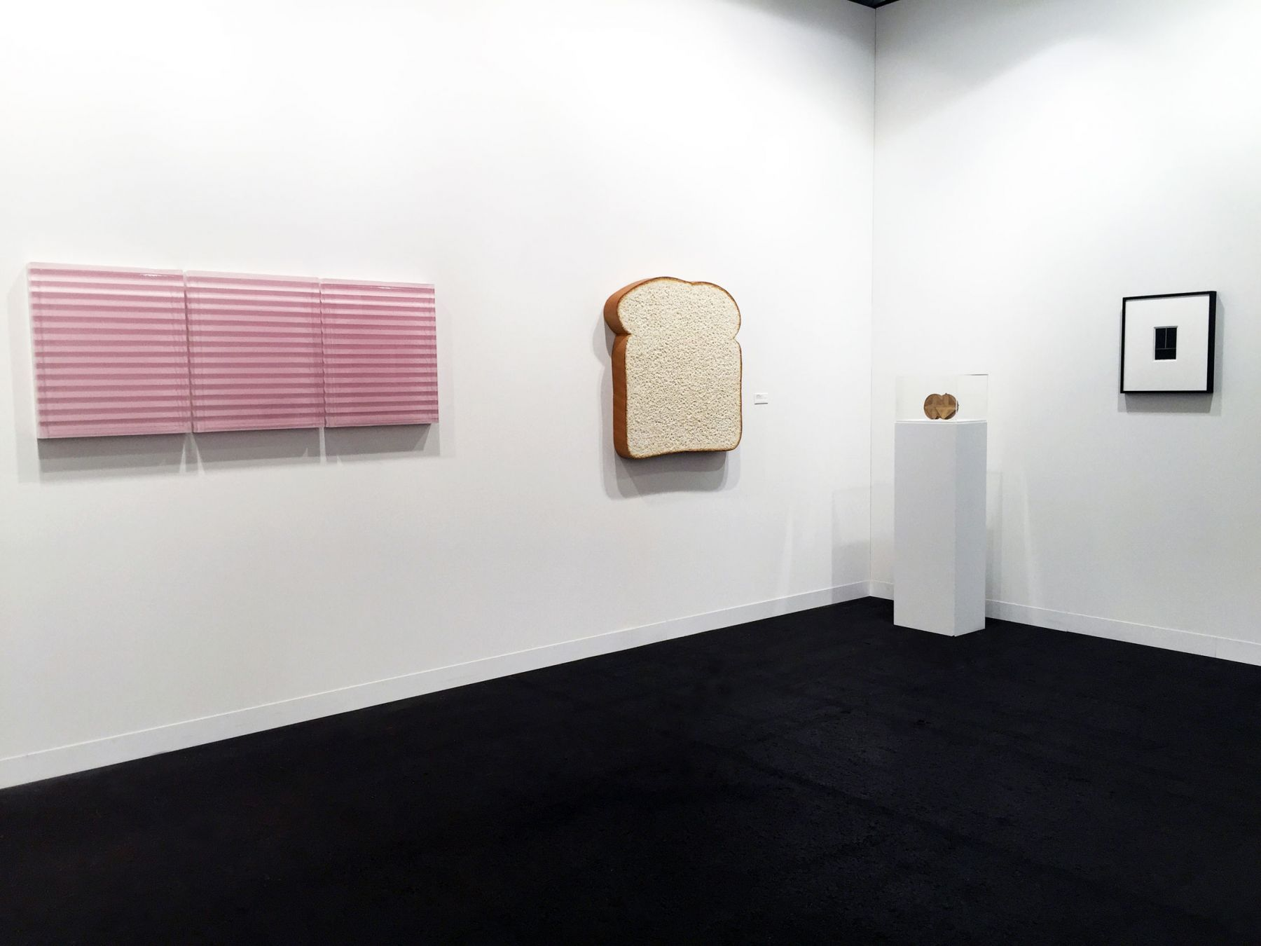 Luhring Augustine, Art Basel, Hall 2.0, Booth A1