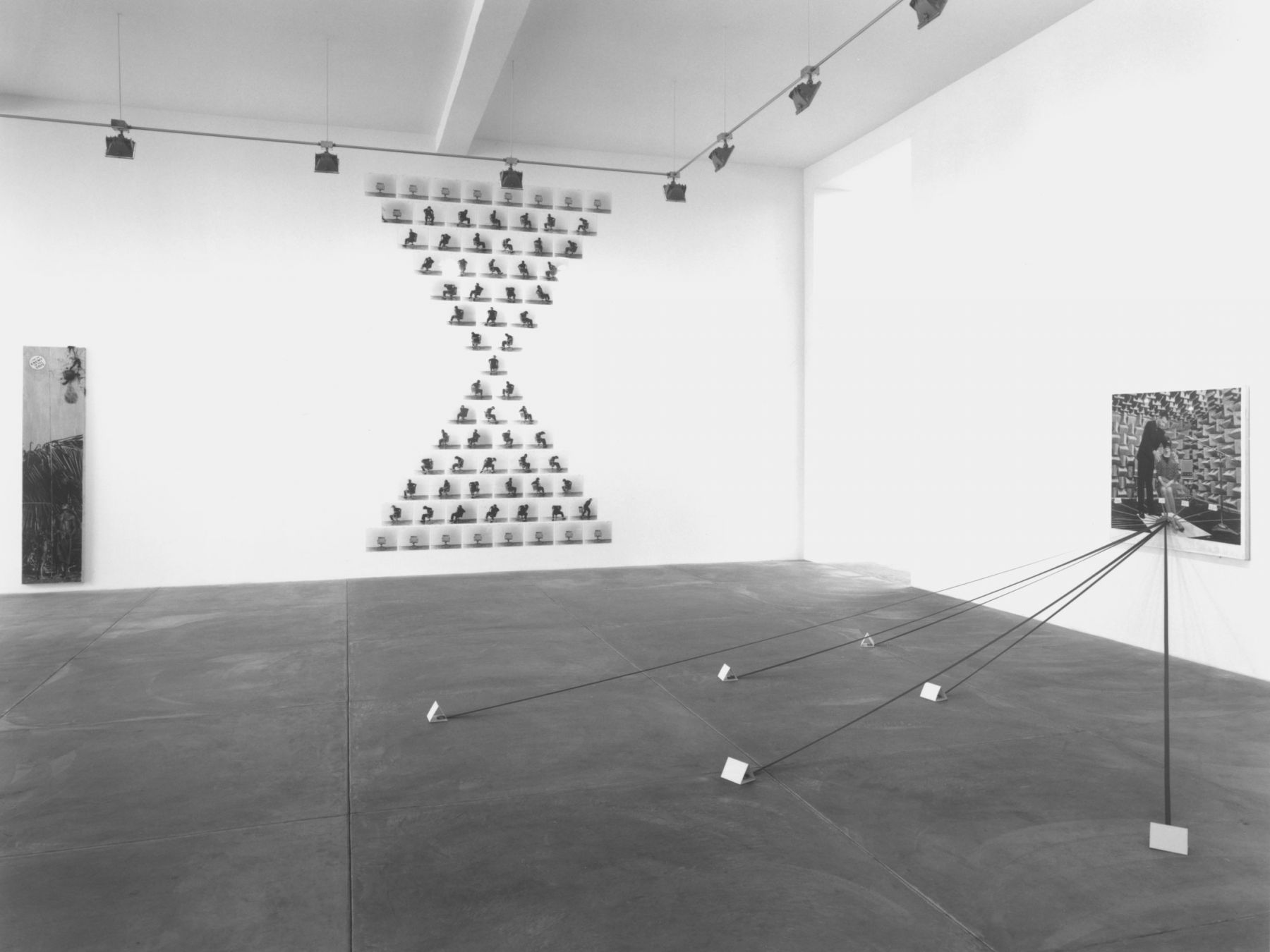 Thaddeus Strode, Installation view