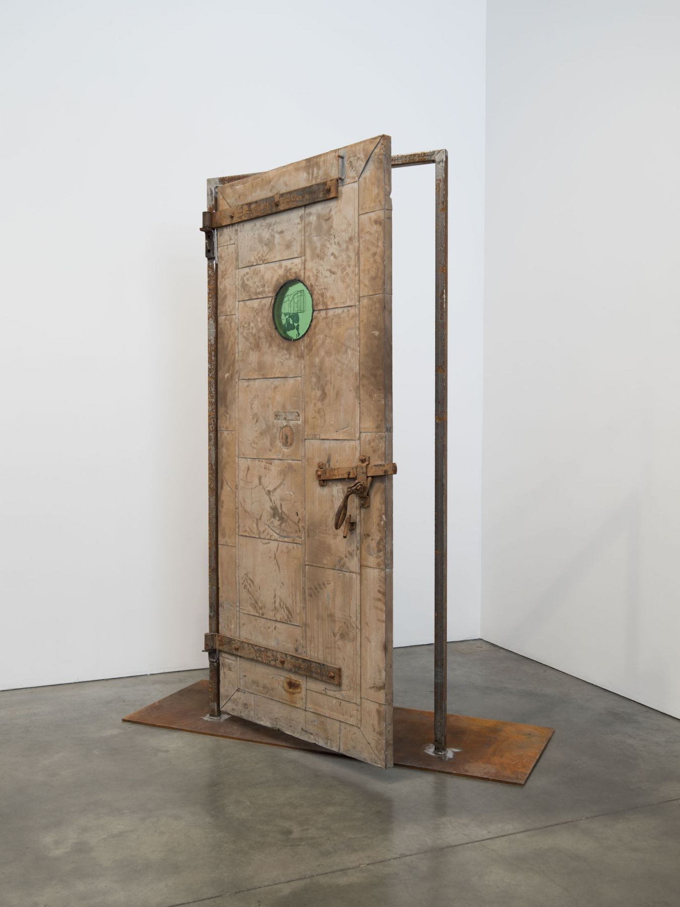 Oscar Tuazon, Fire Door, 2018