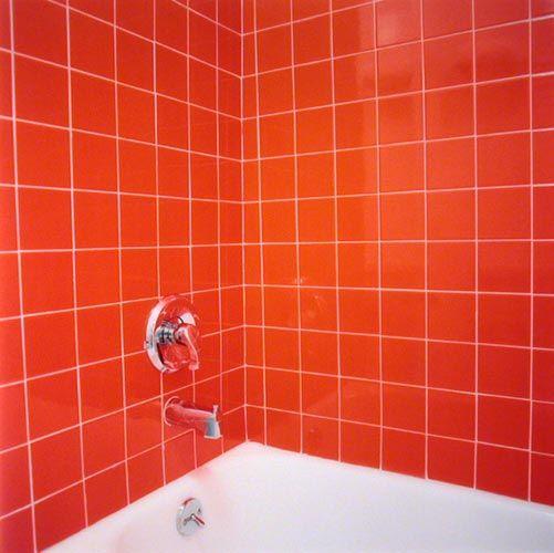 Candida Hofer Bathtub, red tiles, 2002