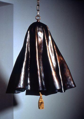 Janine Antoni Unveiling, 1994