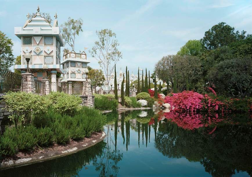 Thomas Struth, Pond, Anaheim, California 2013,2013