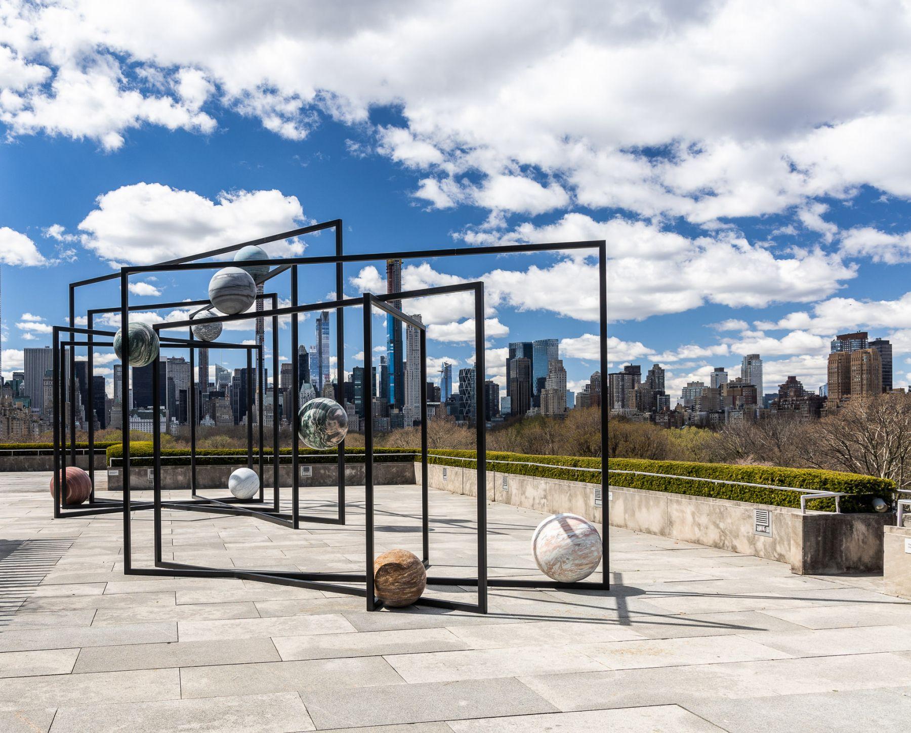 Installation view: Alicja Kwade, ParaPivot, 2019, © The Metropolitan Museum of Art, photo by Hyla Skopitz