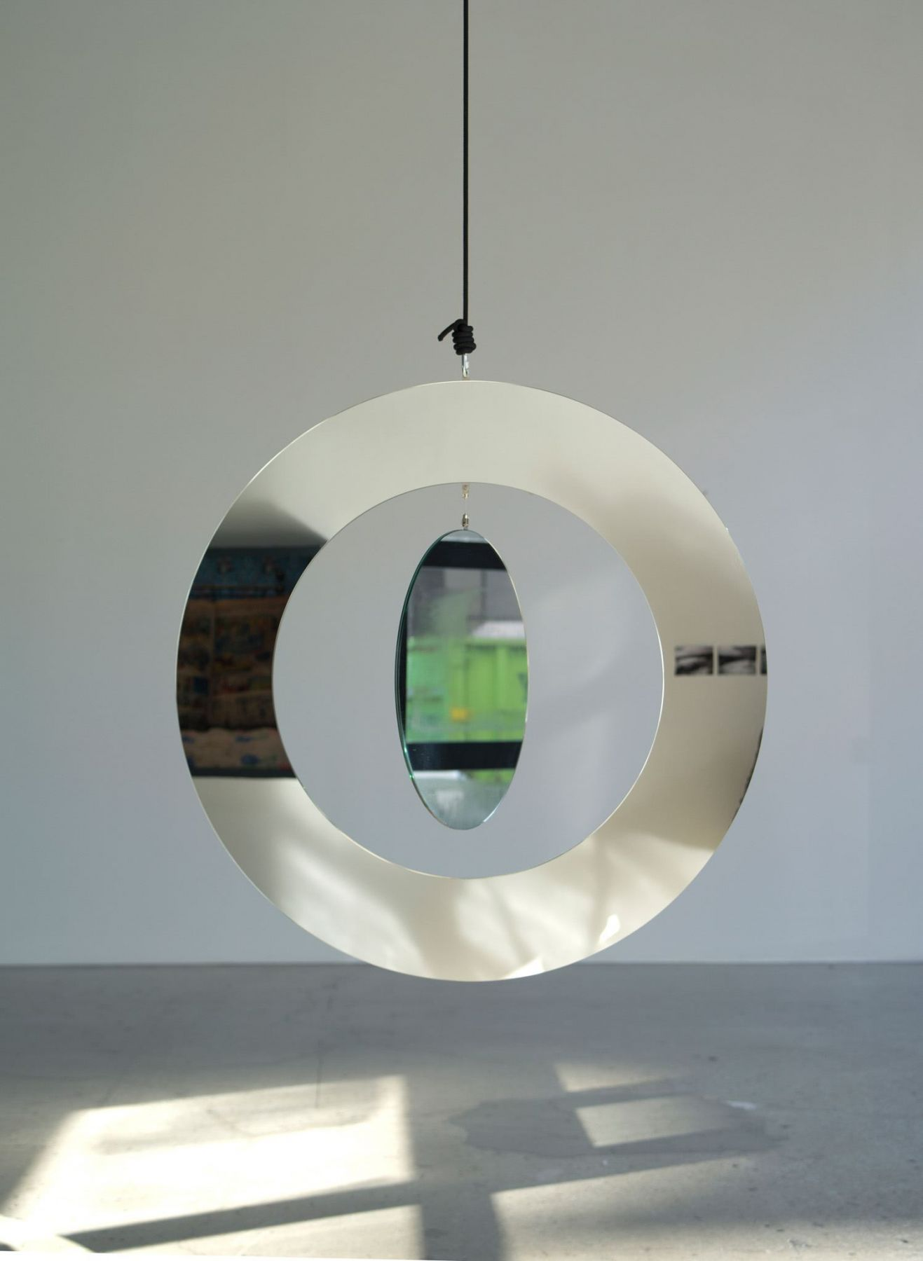 Jeppe Hein, Two in One Mirror Mobile