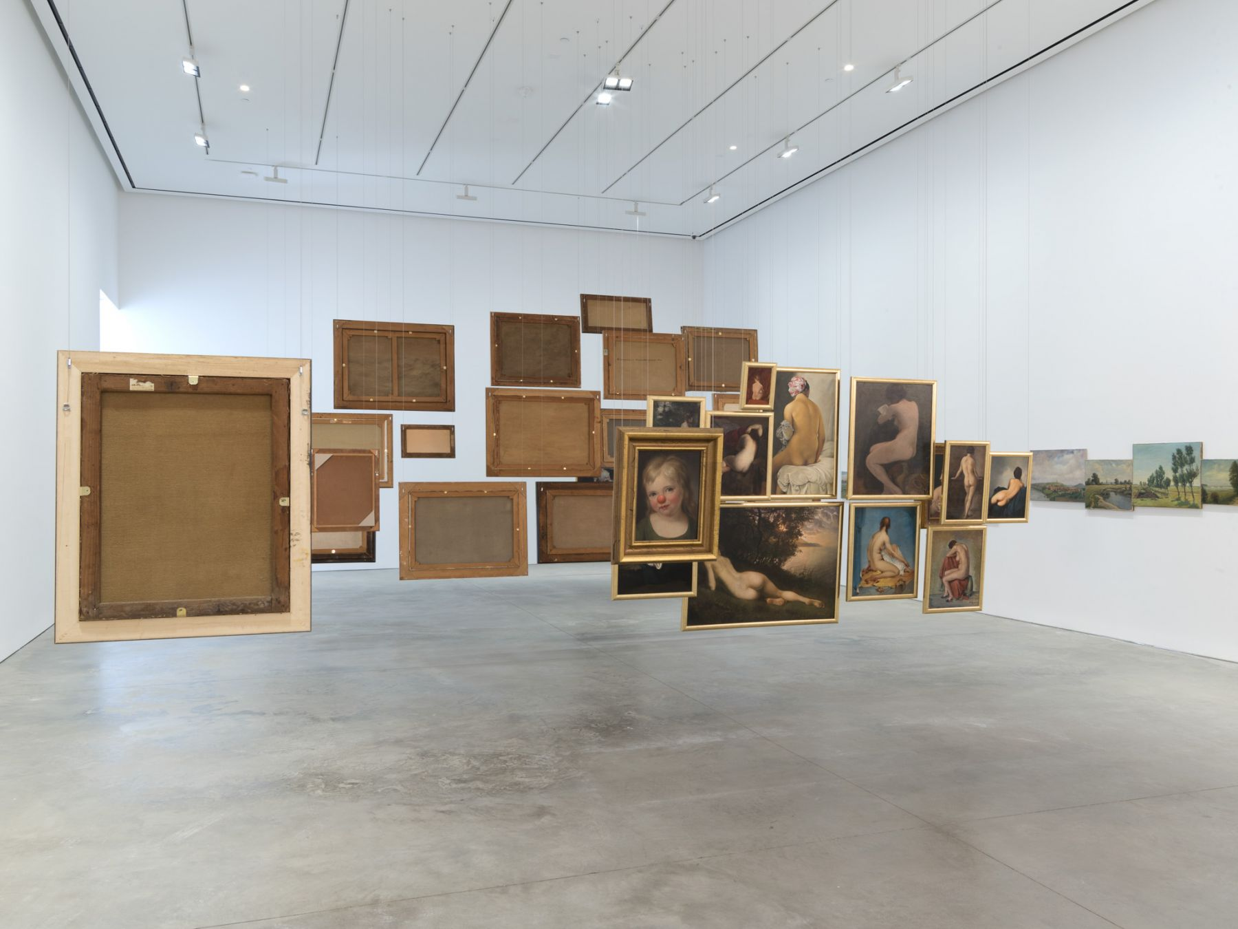 Hans-Peter Feldmann, Exhibition view: 303 Gallery, 2016