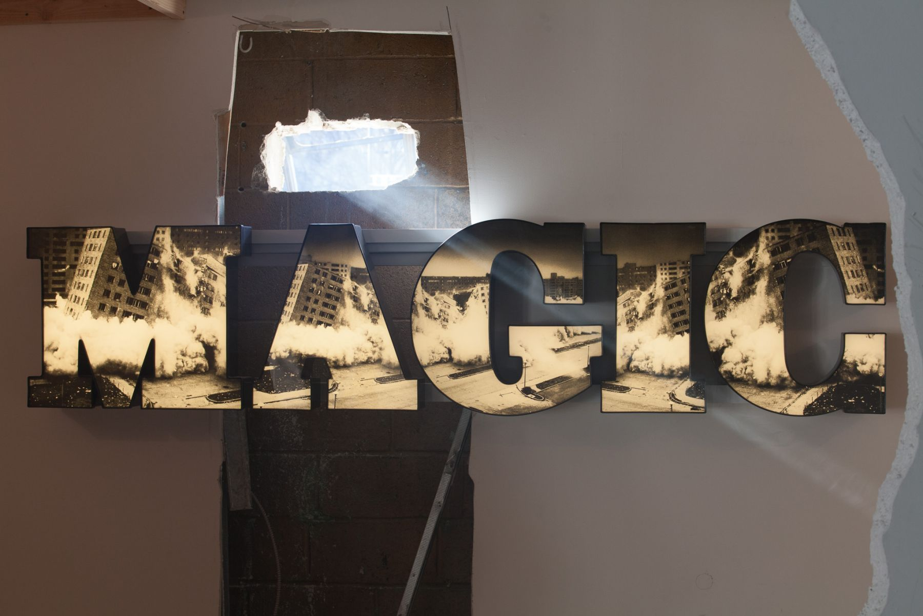 Doug Aitken, Installation view: 100 YRS (part 2), 2013, 303 Gallery