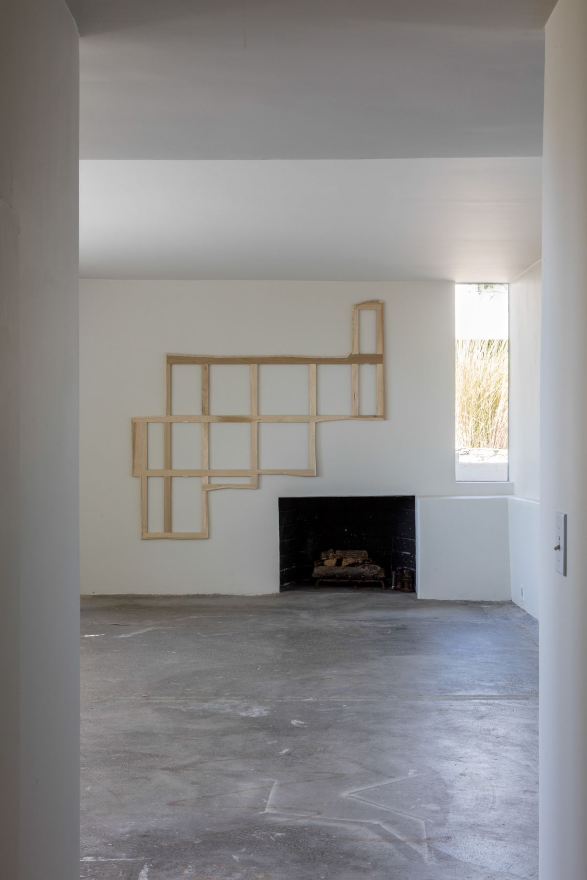 Jacob Kassay, Untitled, 2012-2015, Installation view: Fitzpatrick-Leland House September, 2015