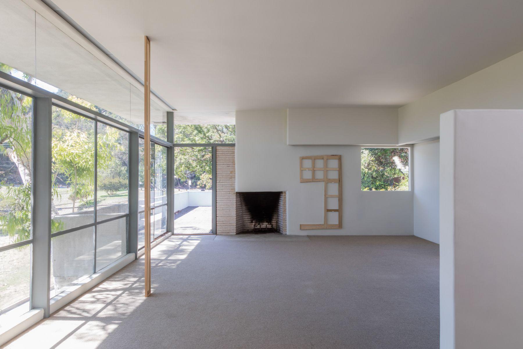Jacob Kassay, Installation view: Fitzpatrick-Leland House September, 2015