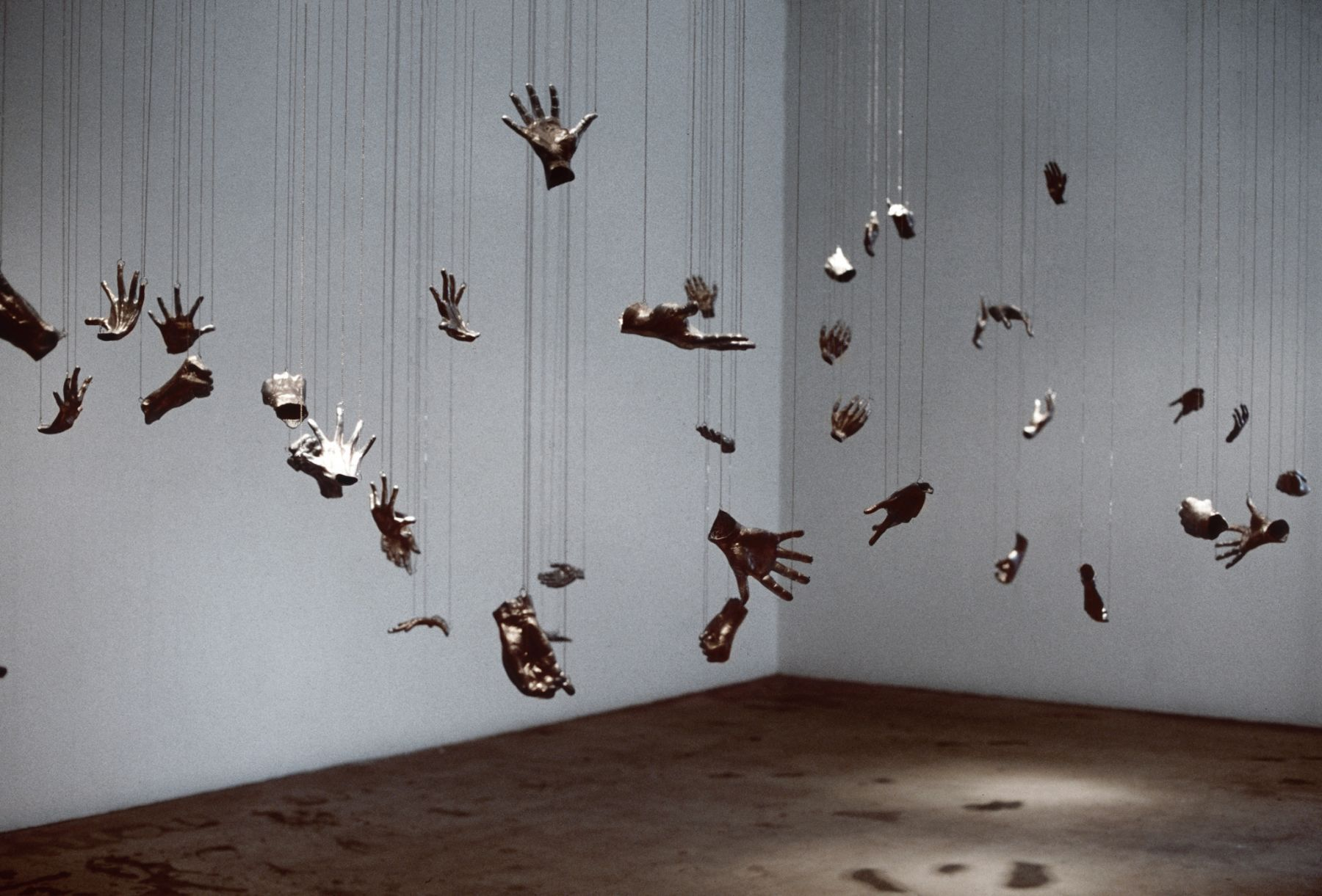 Liz Larner, Installation view: without words, 303 Gallery, New York, 1994