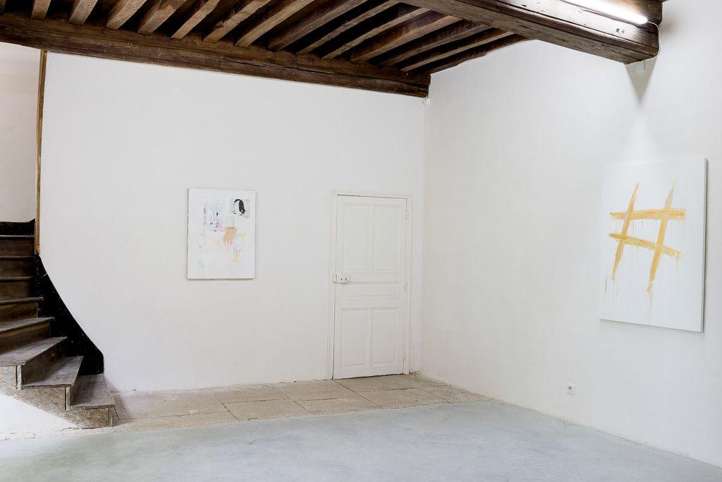 "Installation view: ""Rodney Graham & Kim Gordon,"" Le Consortium, Académie Conti, Vosne-Romanée, 2017"