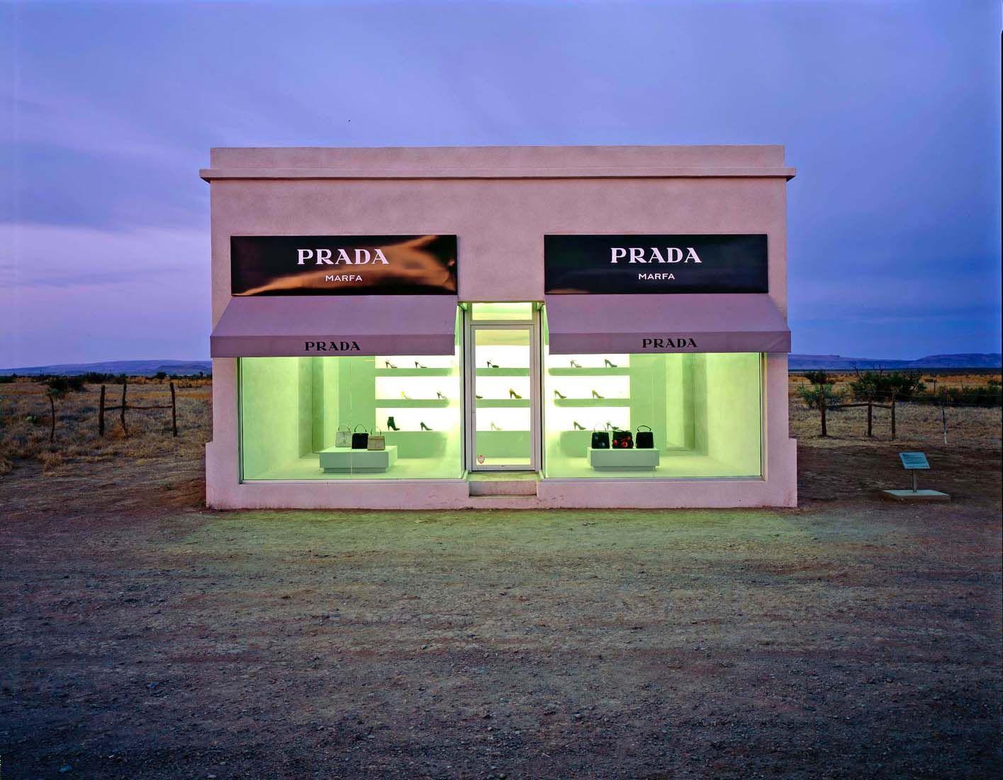 Burk Uzzle Desert Prada, 2007