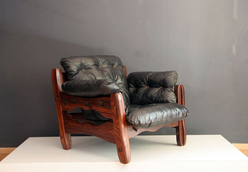 Descanso Lounge Chair
