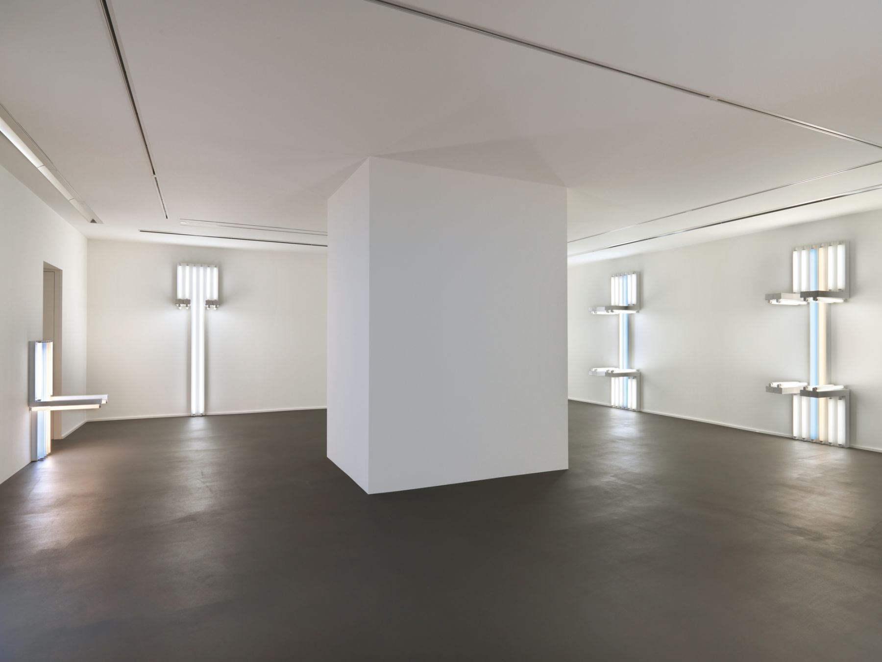 Installation view,Dan Flavin, to Lucie Rie and Hans Coper, master potters,Vito Schnabel Gallery, St. Moritz