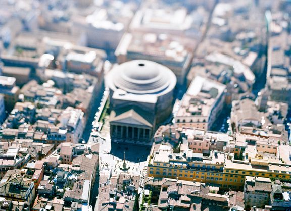 site specific_ROMA 04 (Pantheon), 2004. 45 x 61 inch or 65 x 85 inch archival pigment print