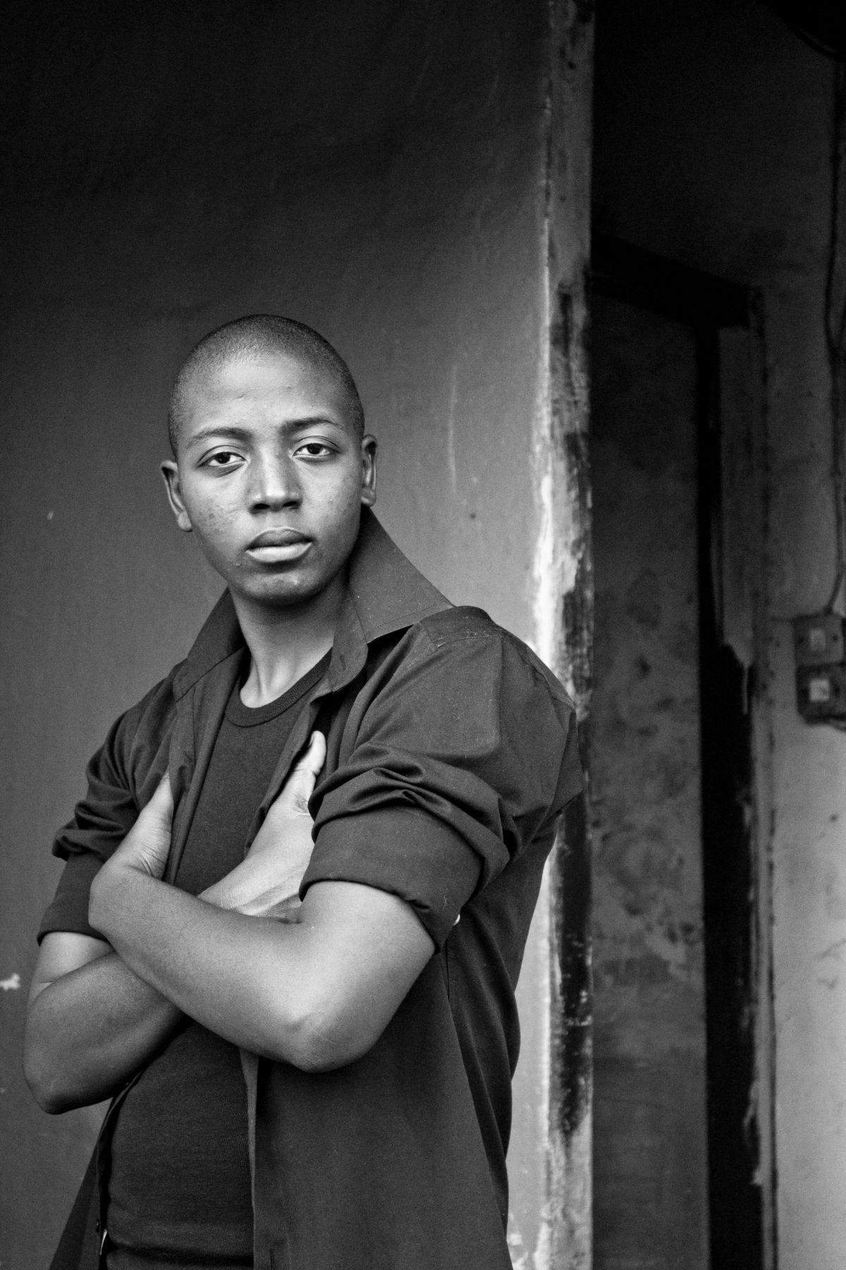 Mayita Tamangani, Harare, Zimbabwe,2011, From the Series Faces and Phases.