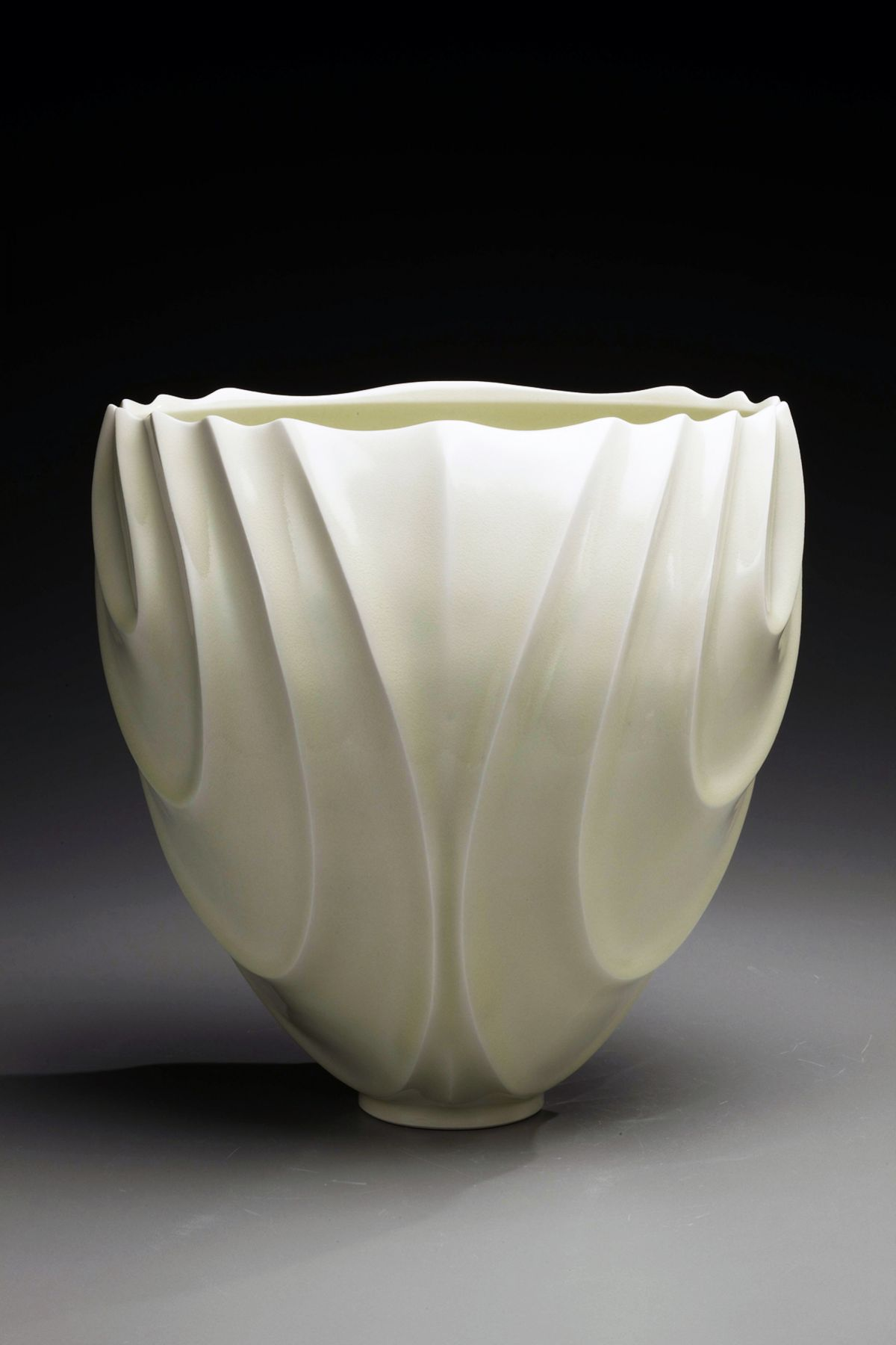 Ono Kotaro, Tall pale yellow celadon-glazed vase, 2009 Glazed porcelain, Japanese contemporary ceramics