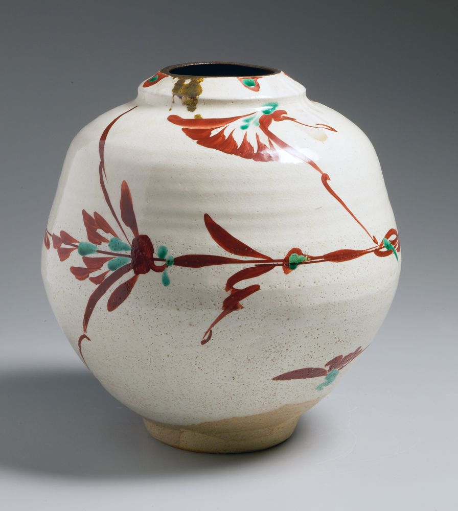 Aka-e red-glazed globular flower vessel, ca. 1965-70