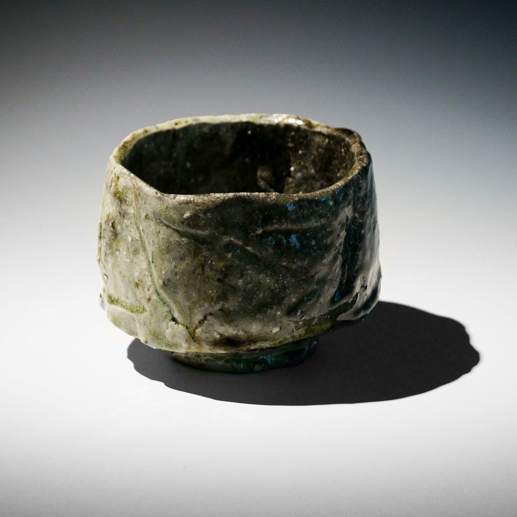 Tanimoto Kei (b. 1948), Iga-glazed, straight-sided teabowl