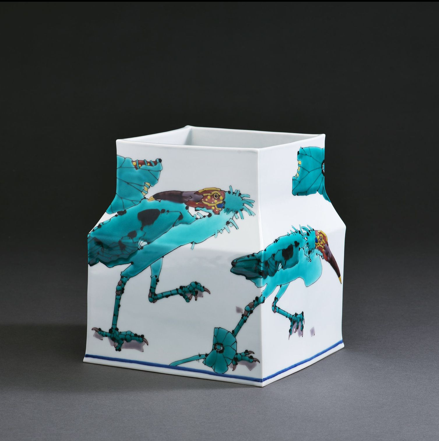 Square vessel with sloped shoulders depicting scenes of ibises, 2017