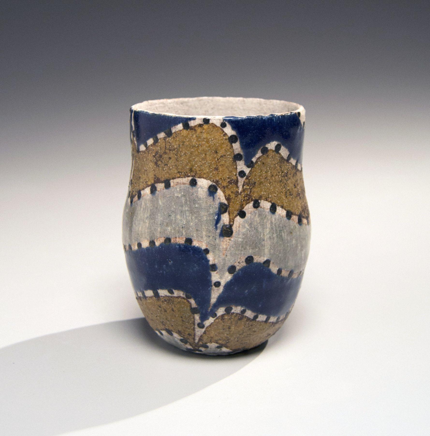 Kamoda Shōji, Small vessel with tri-color wave pattern