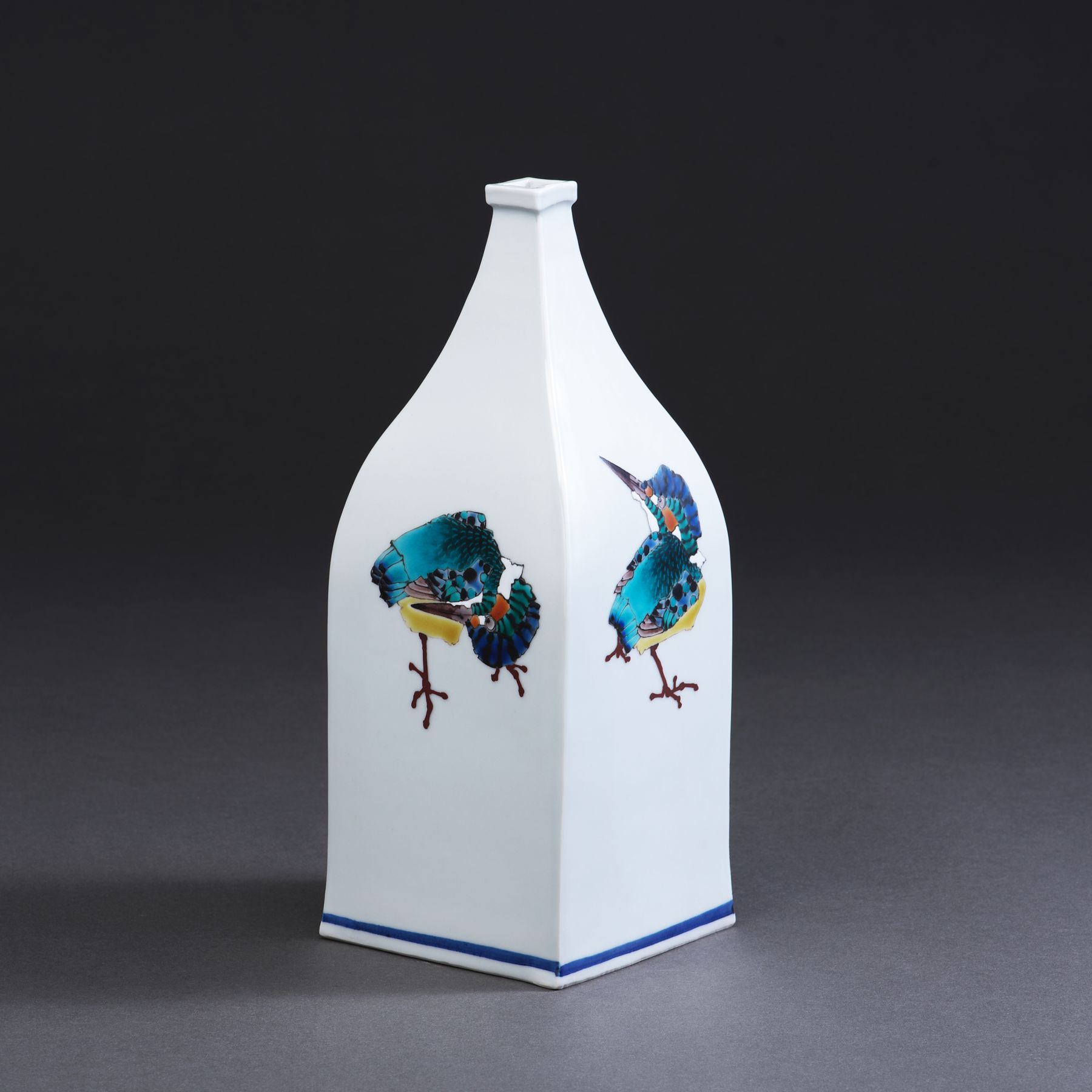 Square bottle with raised mouth decorated with caricature of kingfishers, 2017
