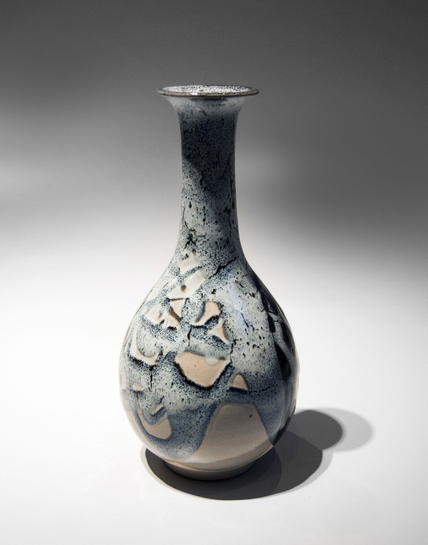 Kiyomizu Rokubei VI (1901-1980), Kakewake(multi-glazed) crane necked vase