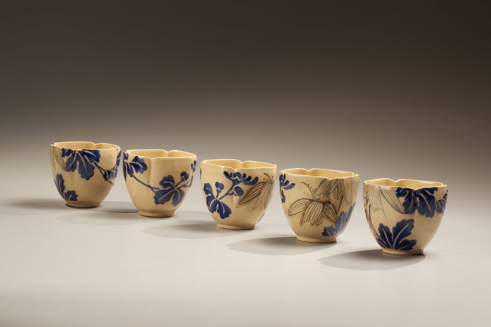 Unknown, A set of 5 small bowls of Mizoro-yaki style of Kyoto