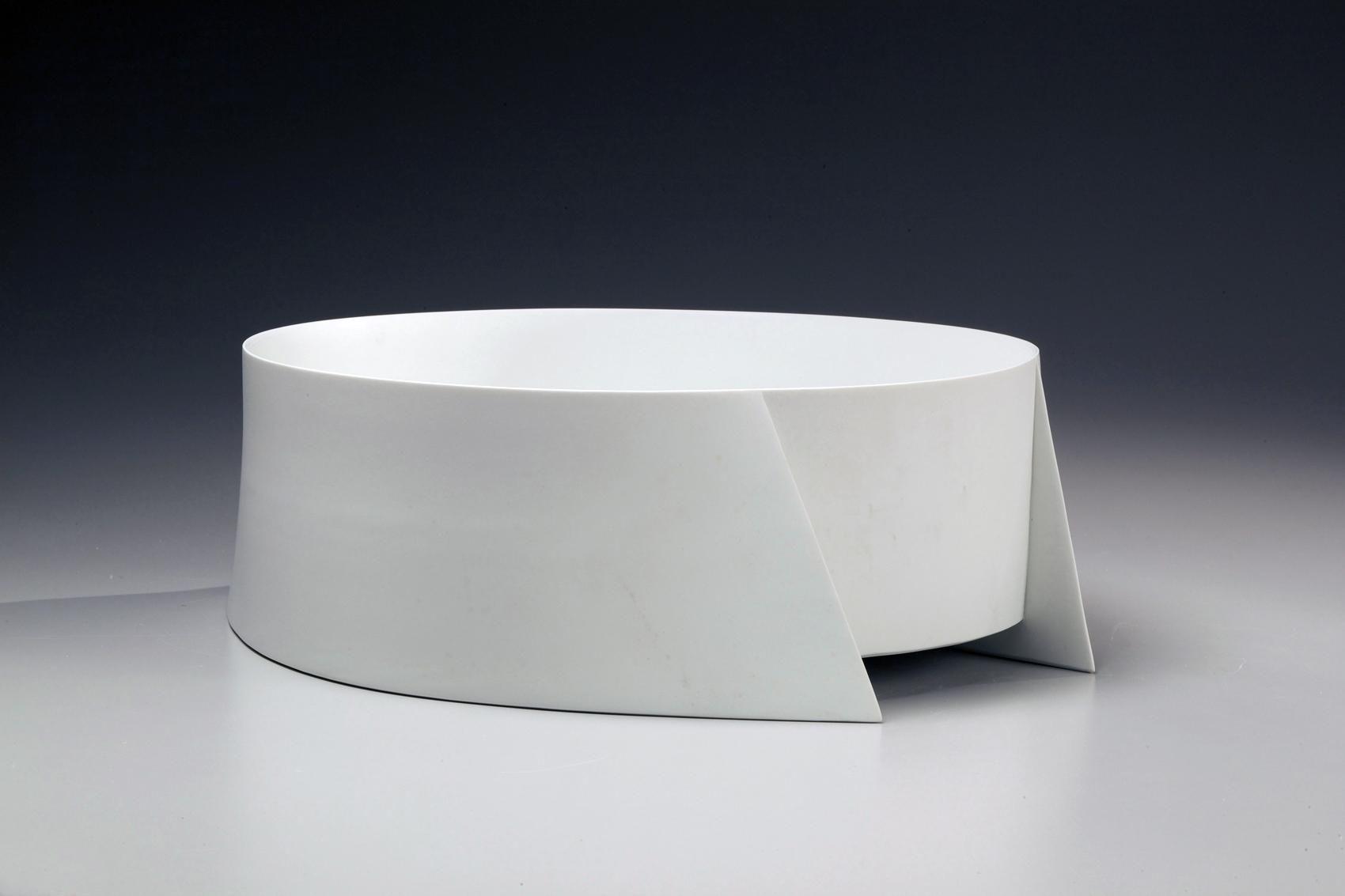 Wada Akira, Japanese white porcelain, Japanese sculpture, ca. 2011
